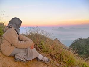 sunrise menuju puncak Merbabu